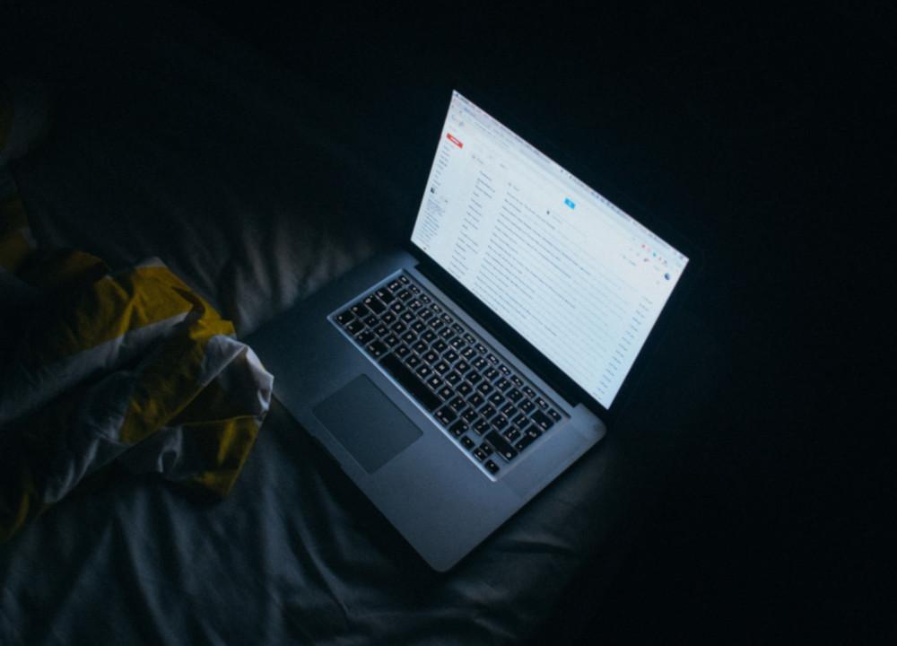 Czym jest i jak odwiedzić Dark Web?