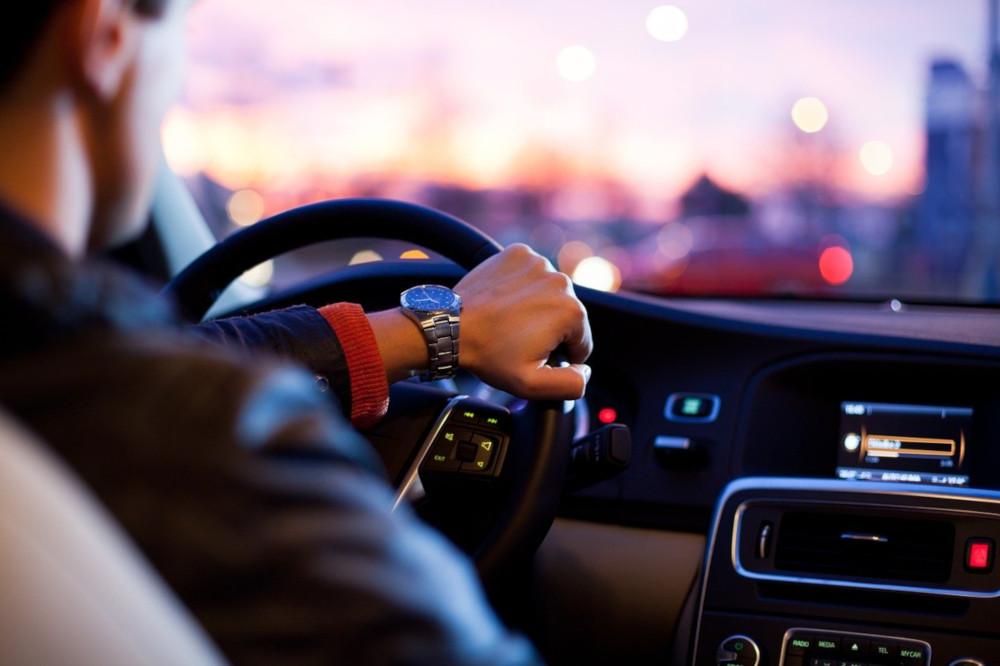 Jak efektywnie wykorzystać dojazd do pracy?